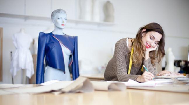 Top 10 Fashion Magazines - Elle, Harper's BAZAAR, Vogue 42