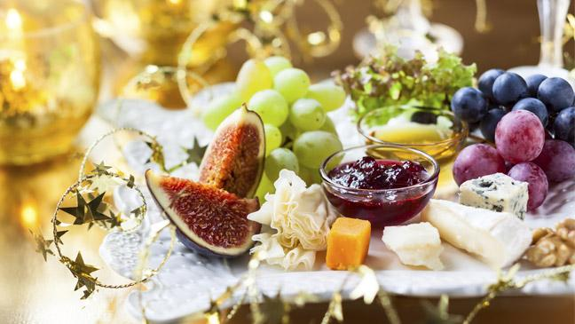 Christmas Cheese Board.12 Things You Didn T Know About Your Christmas Cheeseboard Bt