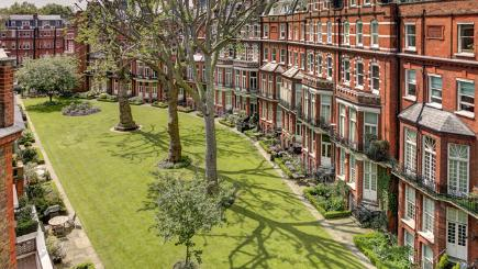 £1.7m London property on sale for £250k