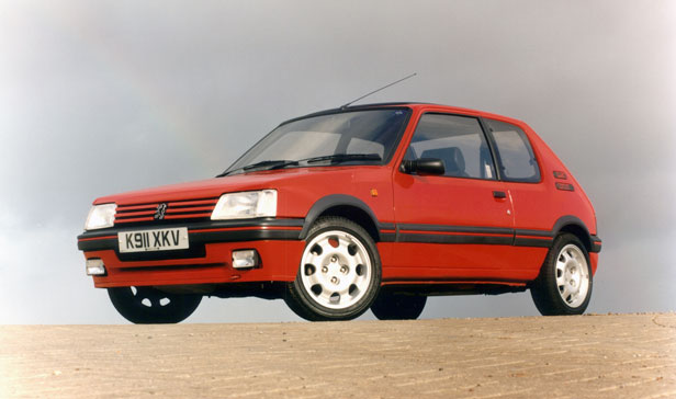 Everyday classic peugeot 205 gti the hot hatch for the for Housse 205 gti