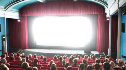 22 secrets cinema workers will never tell you (or their employers!)