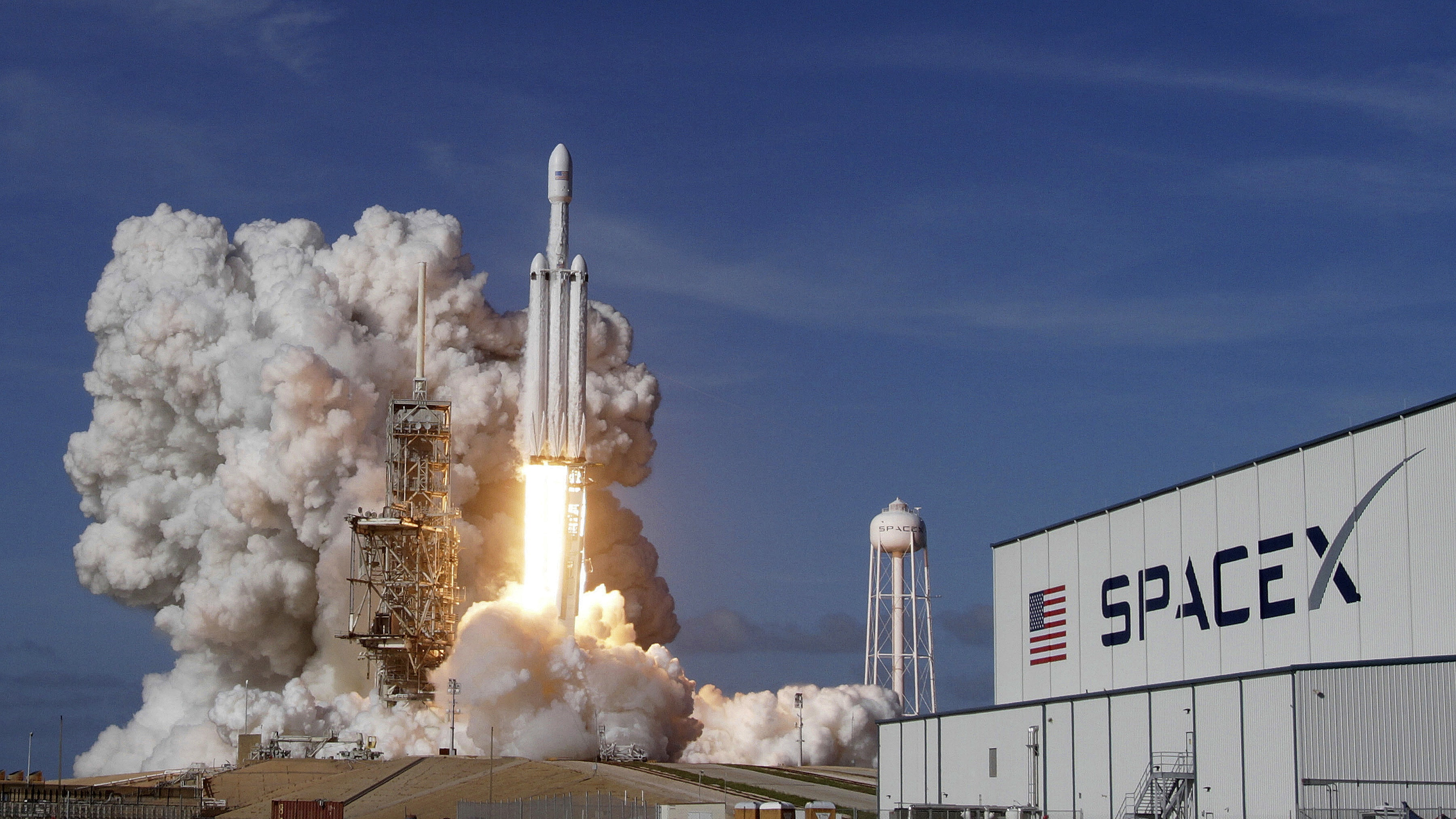 Which aerospace companies are the SpaceX rivals to send ...