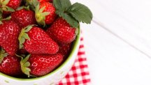 6 delicious things you can do with strawberries
