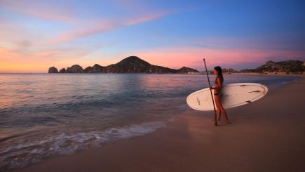 7 reasons why the A-list love to holiday in Los Cabos