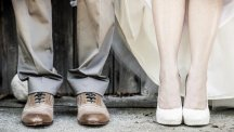 8 things you should never wear to a wedding
