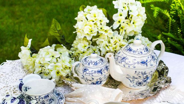 9 Patio Accessories Perfect For A Summer Garden Party To Rival