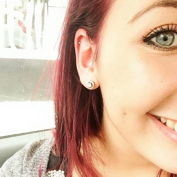 Teen ear lobe infection