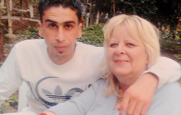 dating a tunisian man