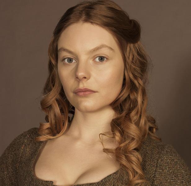 Nell Hudson - Victoria