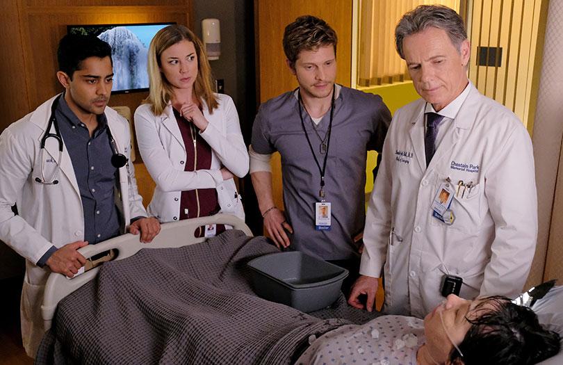 Bruce Greenwood (far right) as Dr. Randolph Bell.  Photo credit: Fox TV