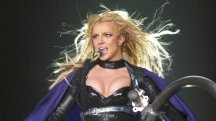 A dog howling to a Britney Spears song is wowing the internet