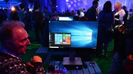 Microsoft switches to twice-yearly Windows 10 update plan