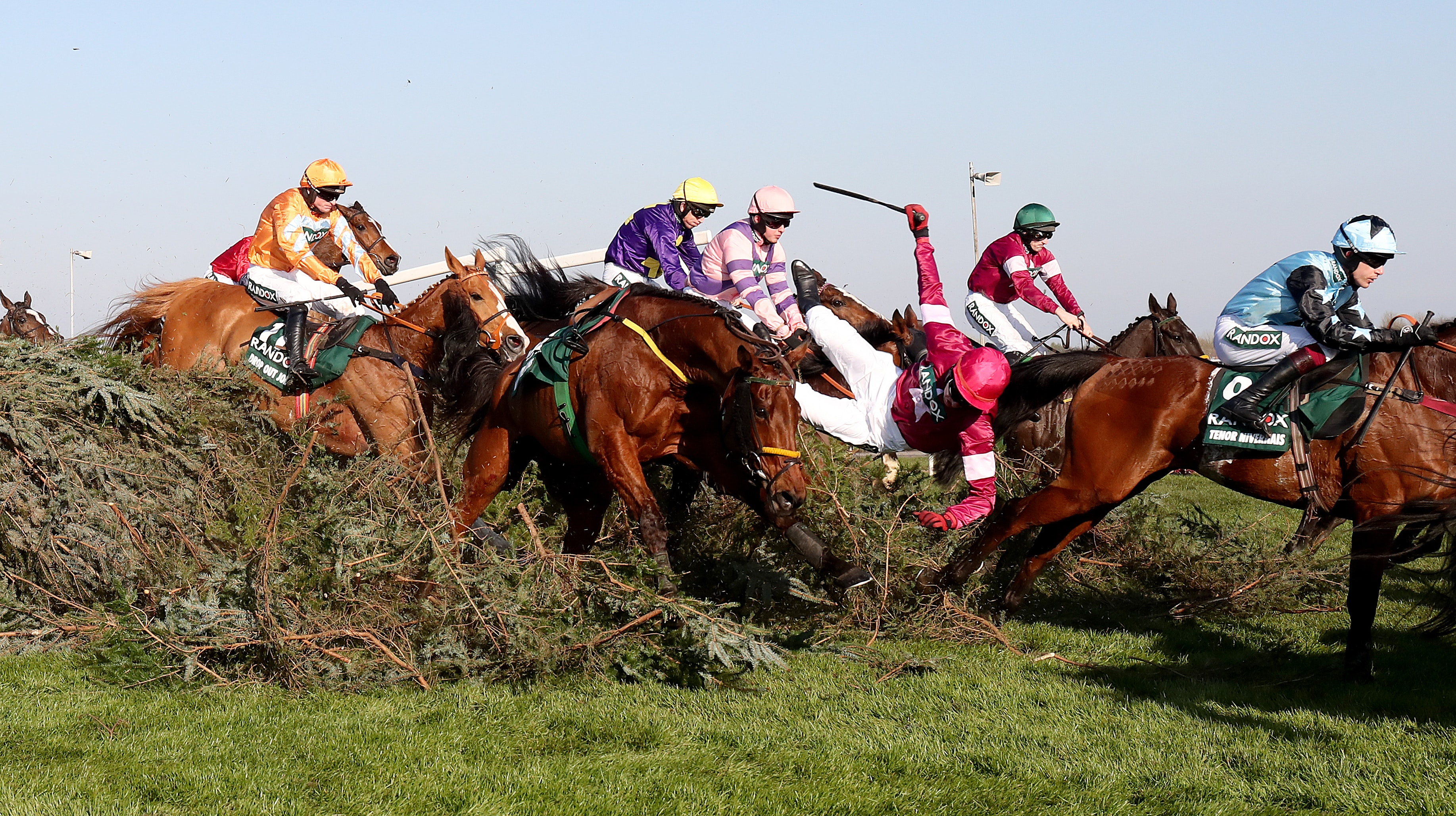 Favourites To Win The Grand National