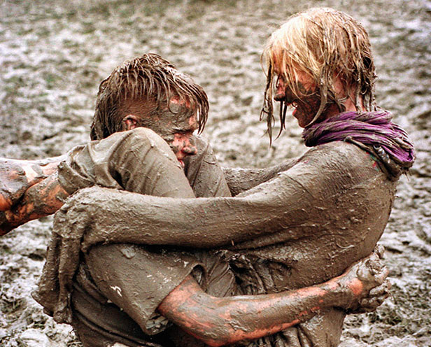 Amateur mud-wrestlers at the 1997 Glastonbury Festival