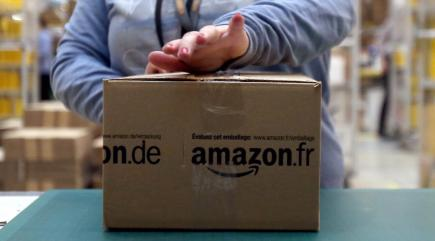 Amazon trials four-day working week
