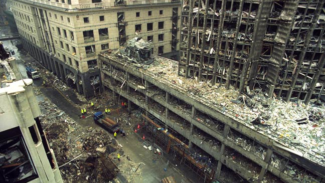 A Huge IRA Bomb Made Of Fertiliser And Diesel Fuel Was Detonated In The Centre City London On This Day 1993 Killing One Person
