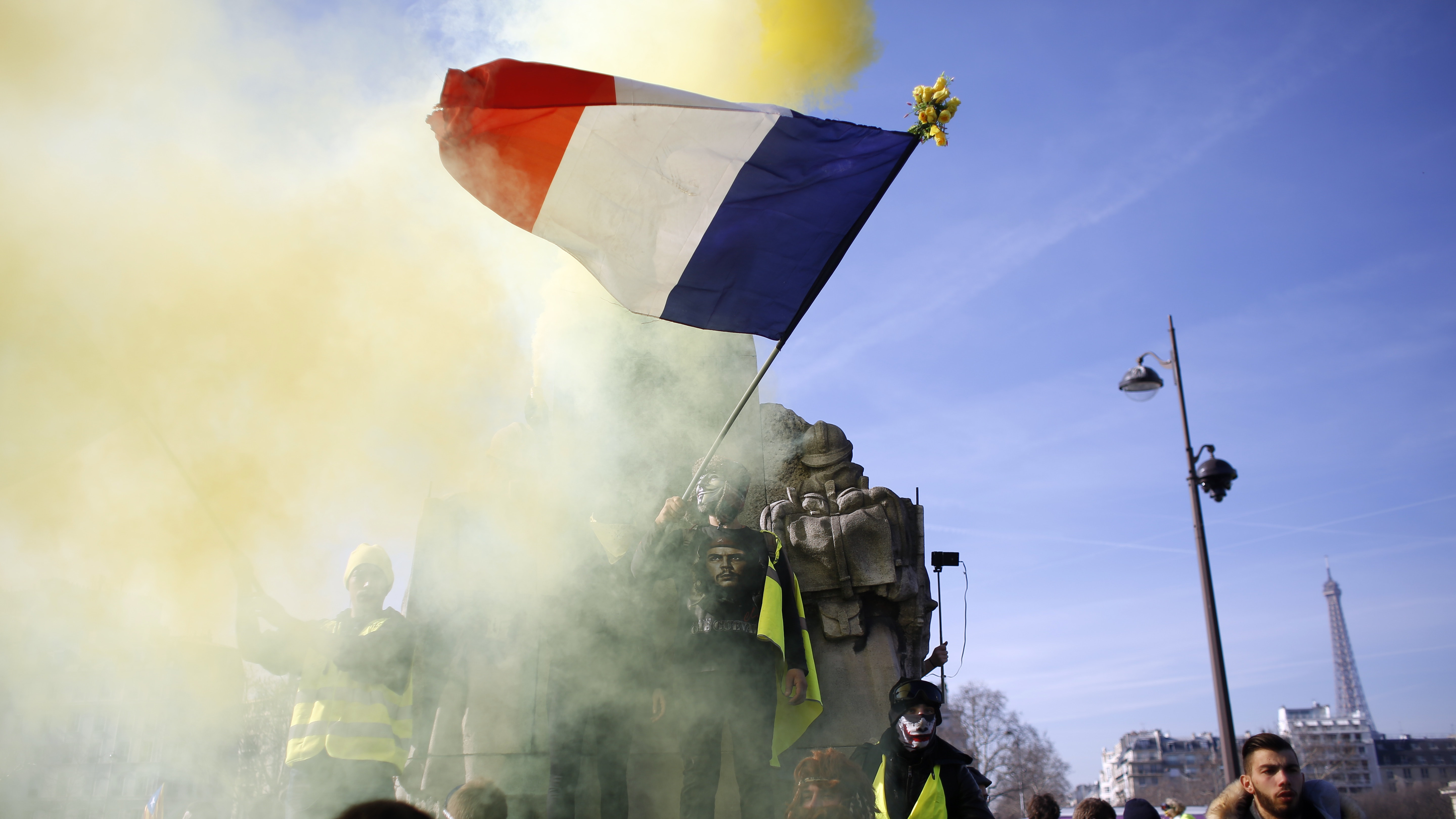 Anti-Semitism probe launched after comments made at yellow vest protest