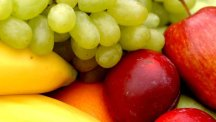 Antioxidants - which are found in many fruits and vegetables - were found to protect the thymus, researchers said