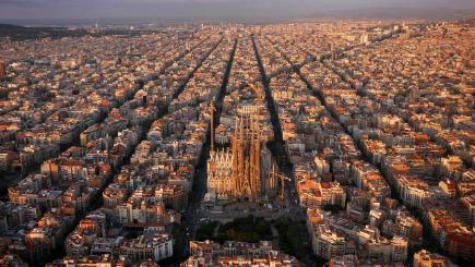 Barcelona by Amos Chapple