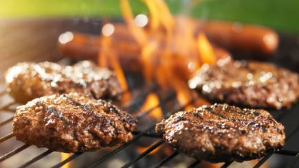 8 tips on how to hold the best barbecue ever