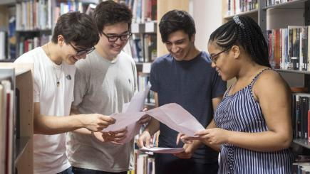 Top grades up nationally, but thousands of university places still available