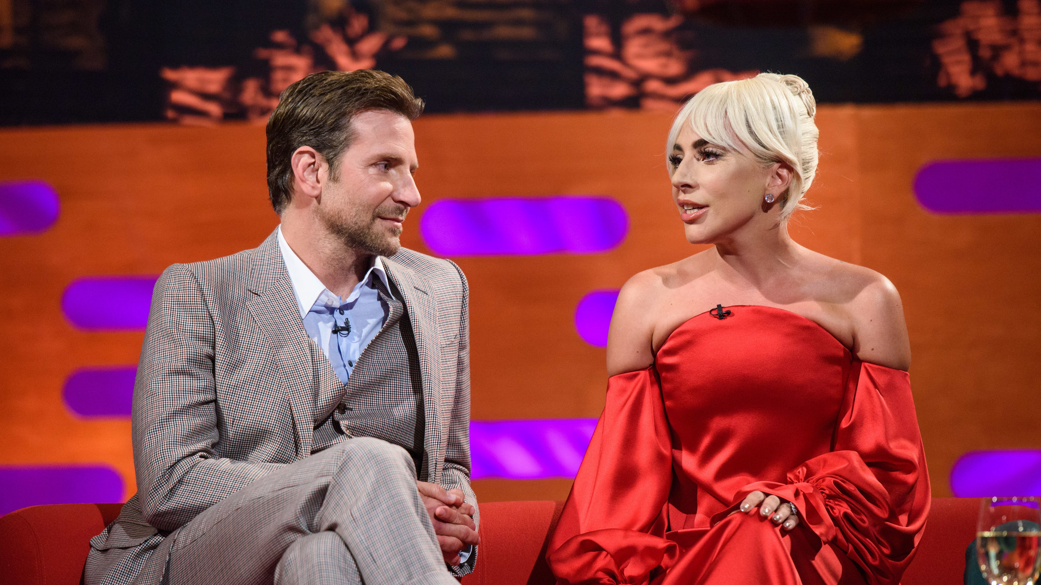 Lady Gaga and Bradley Cooper sing Shallow live for the first time