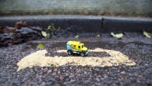 Britain's shortest double yellow lines baffle Cambridge residents