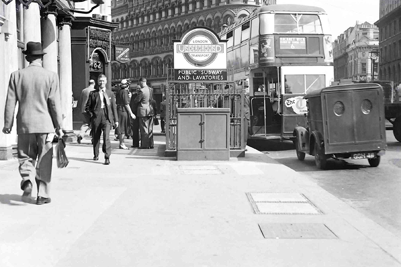 Cable cross connexion cabinet, Queen Victoria Street, London. 1949.