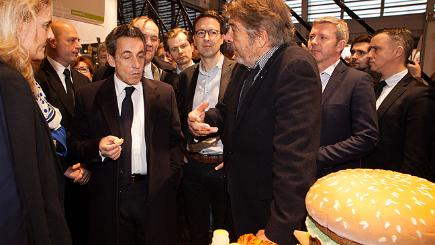 Caption competition - Sarkozy and the burger