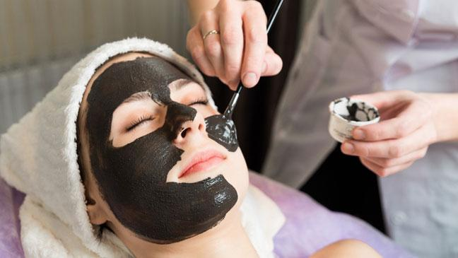Best benefits of charcoal face mask