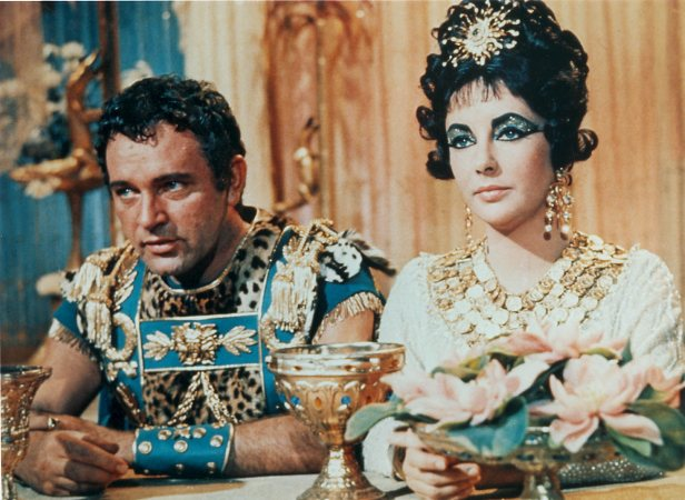 Burton and Taylor had met in 1961 on the set of Cleopatra. Burton played Mark Anthony, while Taylor took the title role.