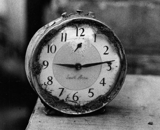 The picture of this clock, which stopped when the Aberfan disaster destroyed the house it belonged to at 9.13 on 21 October 1966, was unearthed years later by Western Mail photographer Godfrey Harris.