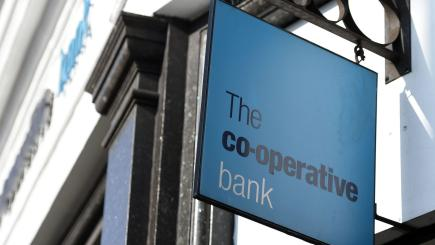 Co-operative Bank agrees £700m rescue deal with existing investors