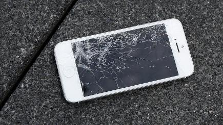What to do if you crack your smartphone screen