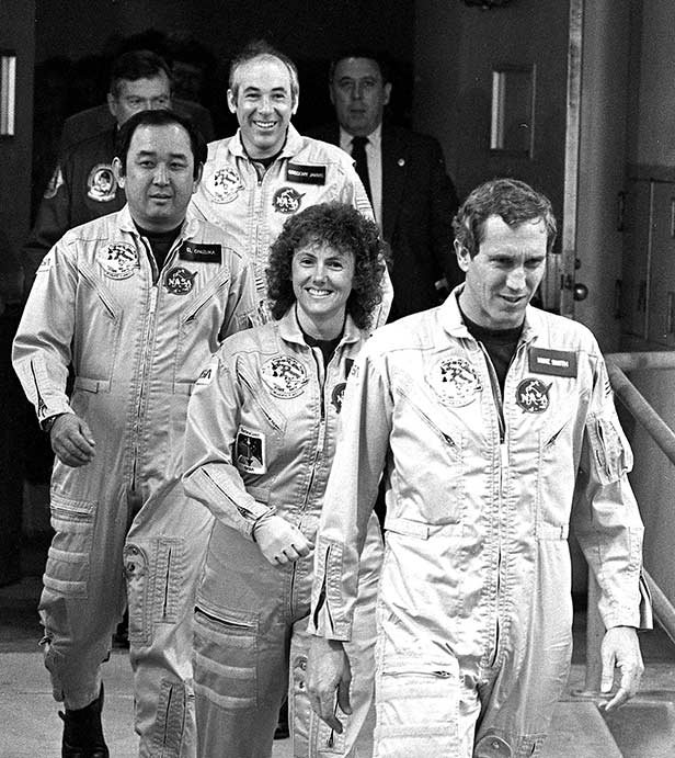 January 28 1986 Seven Die As Space Shuttle Challenger