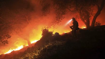 Death toll from California wildfires 'large as New York City' rises to 31