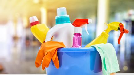 Cleaning the house with bleach could lead to fatal lung disease