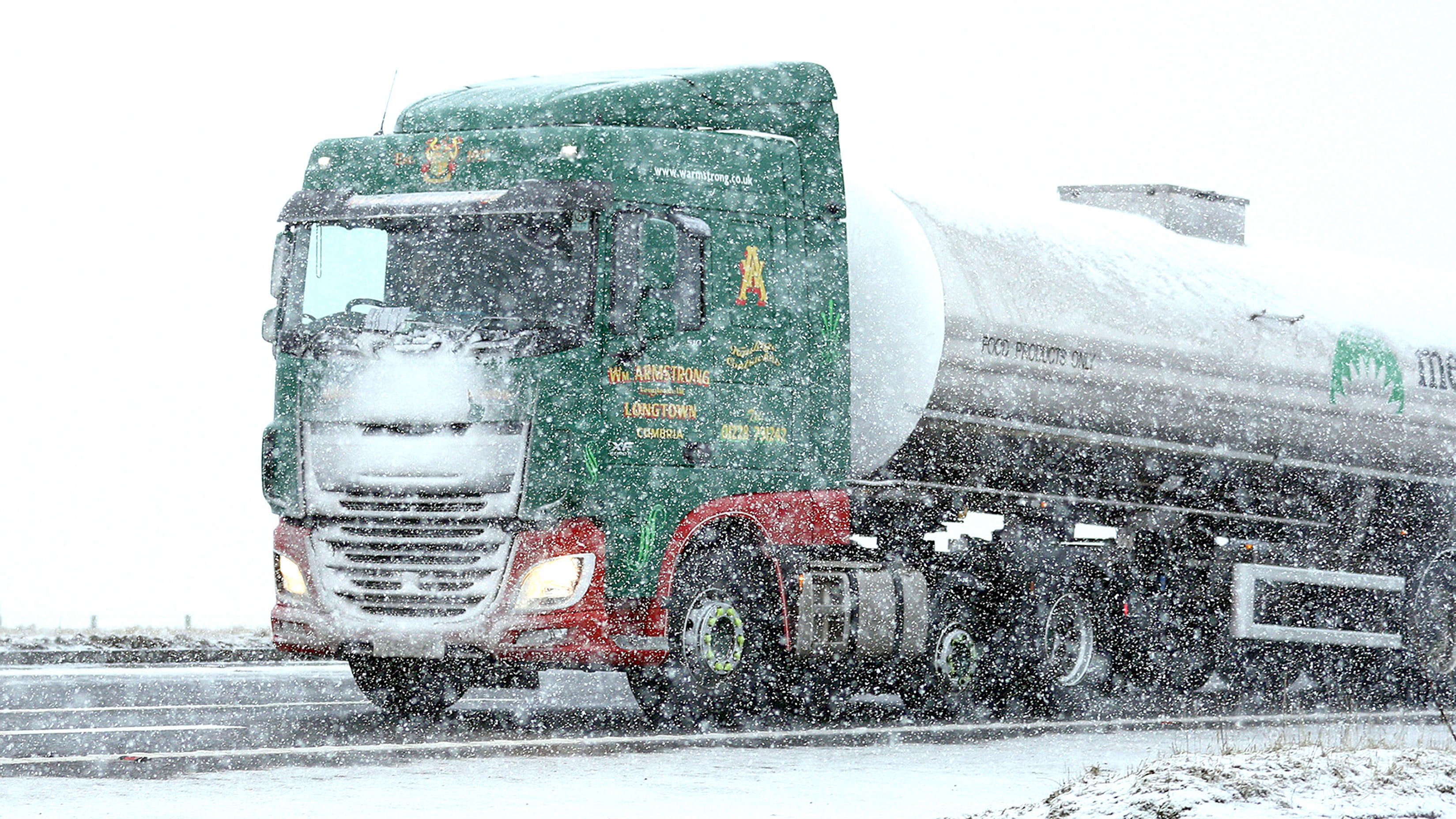 Snow and ice weather warning for Northern Ireland