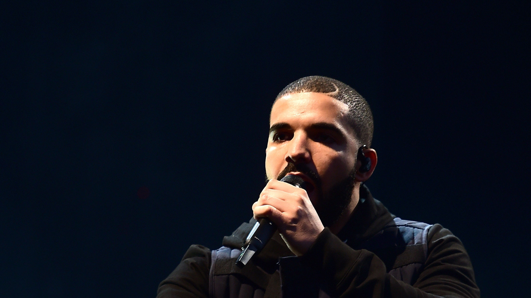 Watch Drake give away nearly $1 million in his 'God's Plan' video