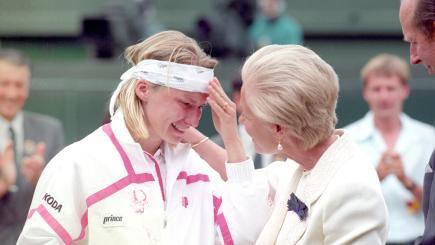 Former Wimbledon champion Jana Novotna dies, aged 49