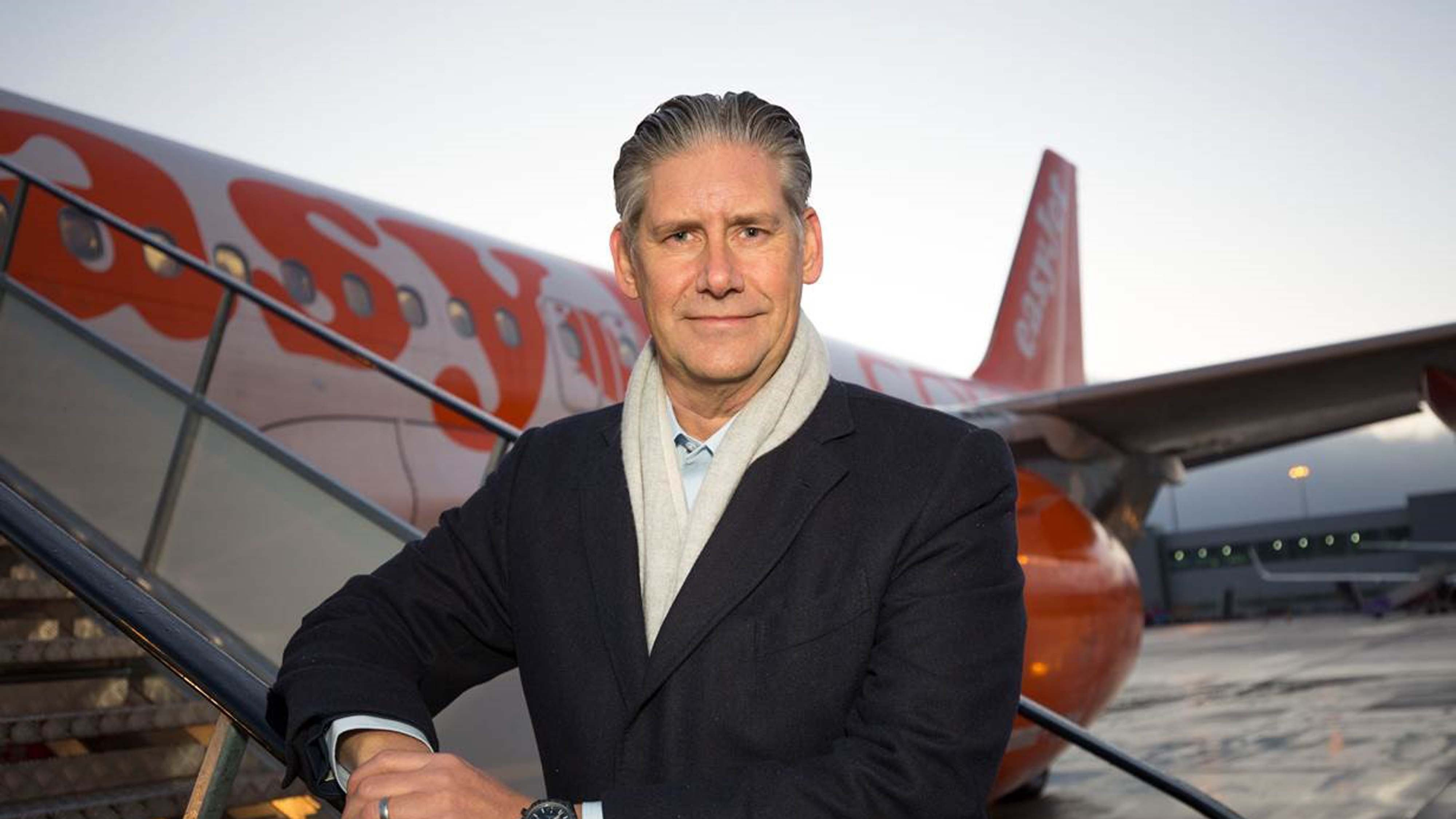 Easyjet CEO takes pay cut 'to address gender gap'