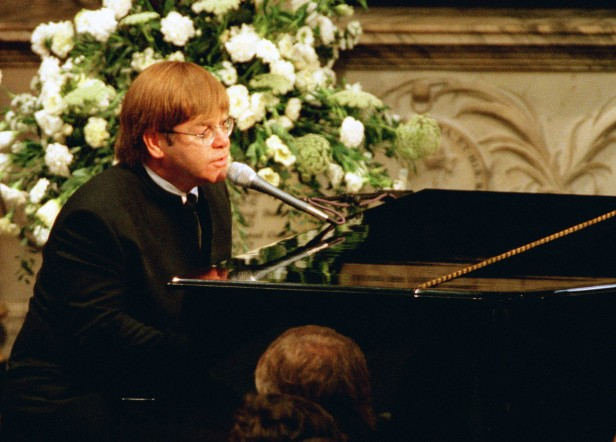Elton John performed a rewritten version of his song Candle in the Wind at the Abbey.