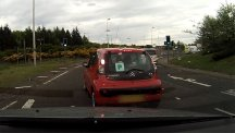 Embarrassing moment P-plate driver stalls 13 times at the lights is caught on camera