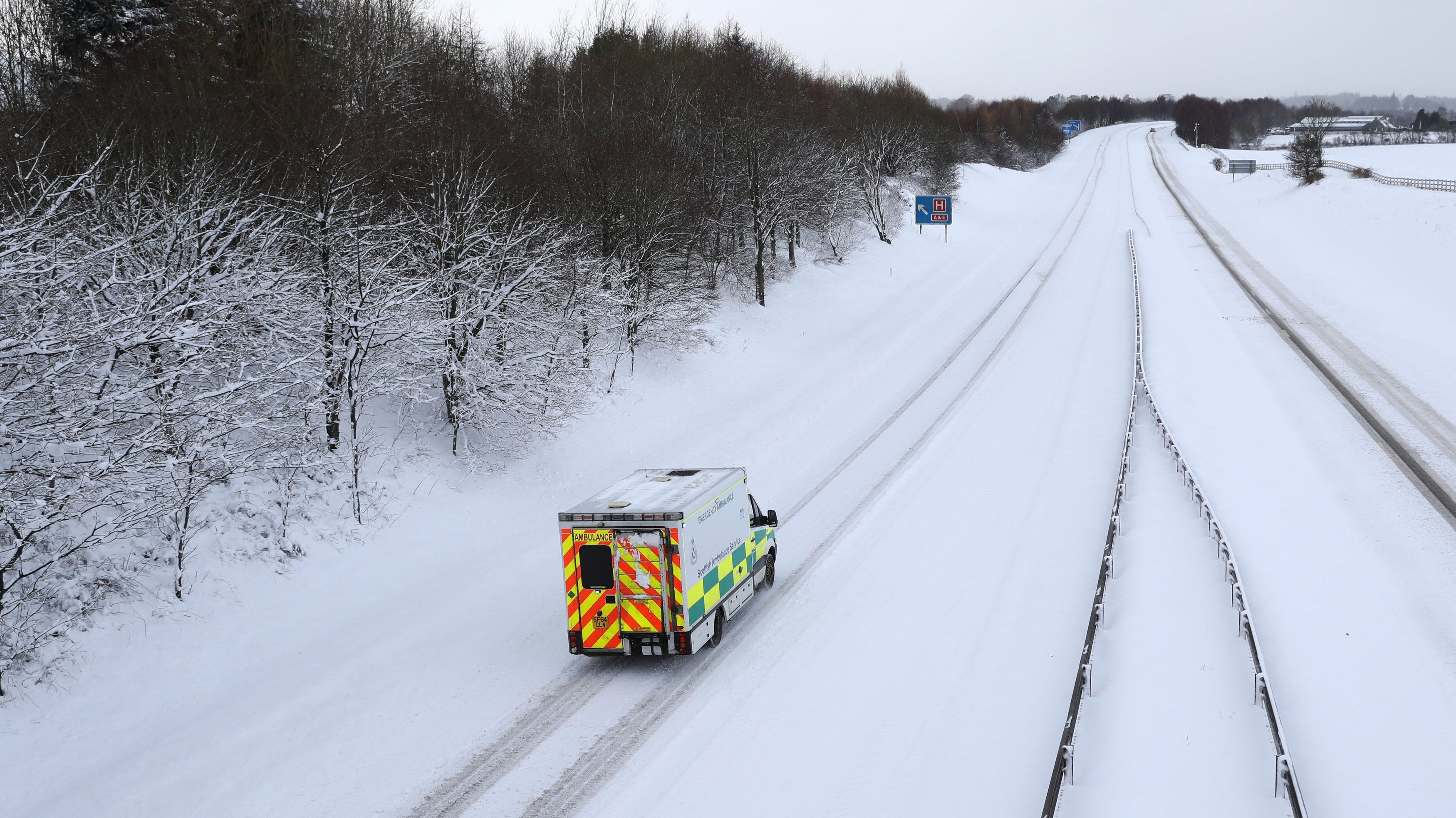 Hospital appeals for 4x4 drivers to help NHS staff get to work