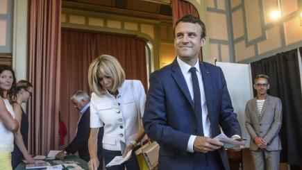 Emmanuel Macron's party set for big French election win