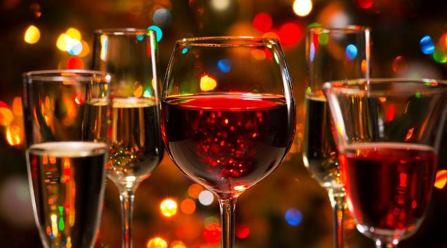 Every Type Of Booze You Should Drink On Christmas Day And When