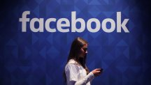 Facebook will share Russia-linked adverts with US investigators