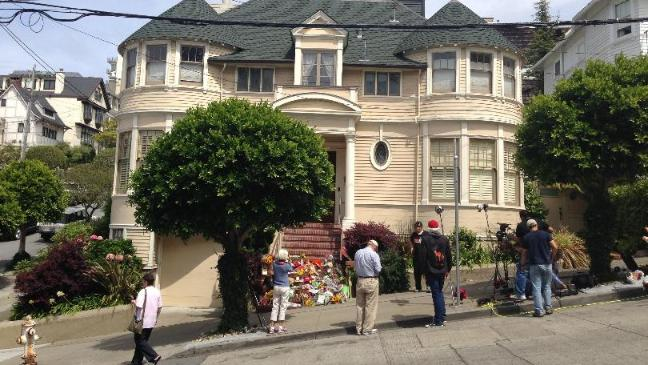 Fans Tribute At Doubtfire House Bt