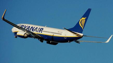 Could Ryanair offer free flights?
