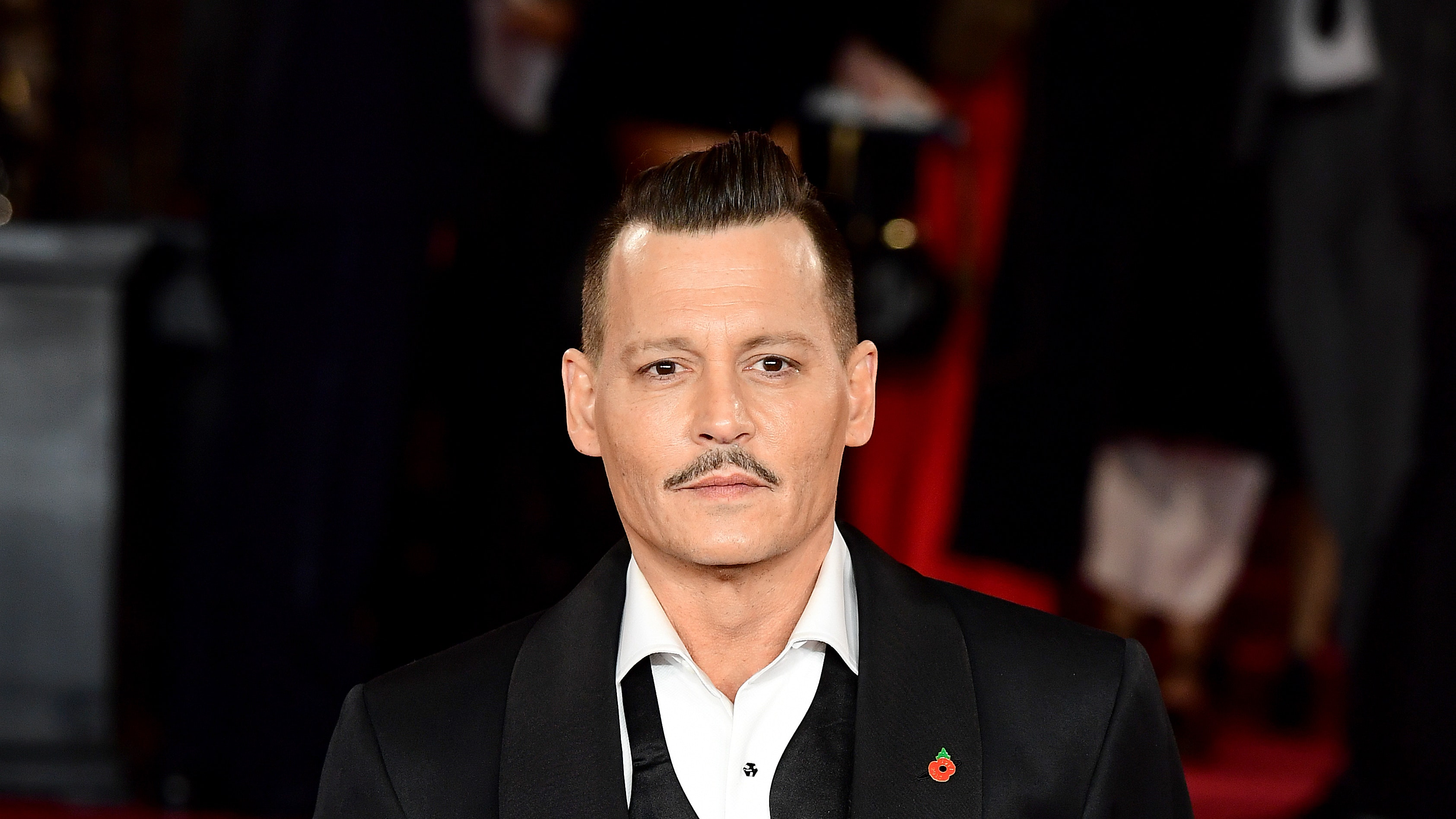 First look at Johnny Depp as famed photographer in film ...